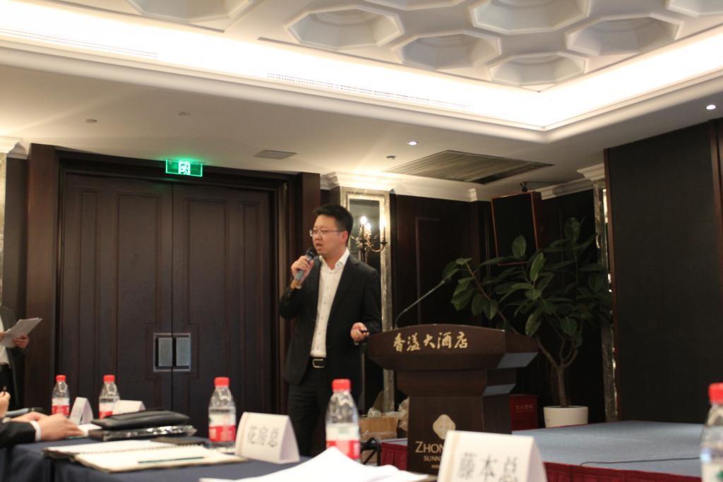 纳博克郑州经销商分享销售经验